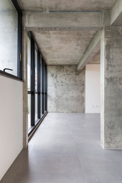 Interiores-das-salas-comerciais-do-W1-Of