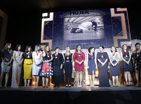 Realizan el Galardon Alas de nuestro movimiento MujerES