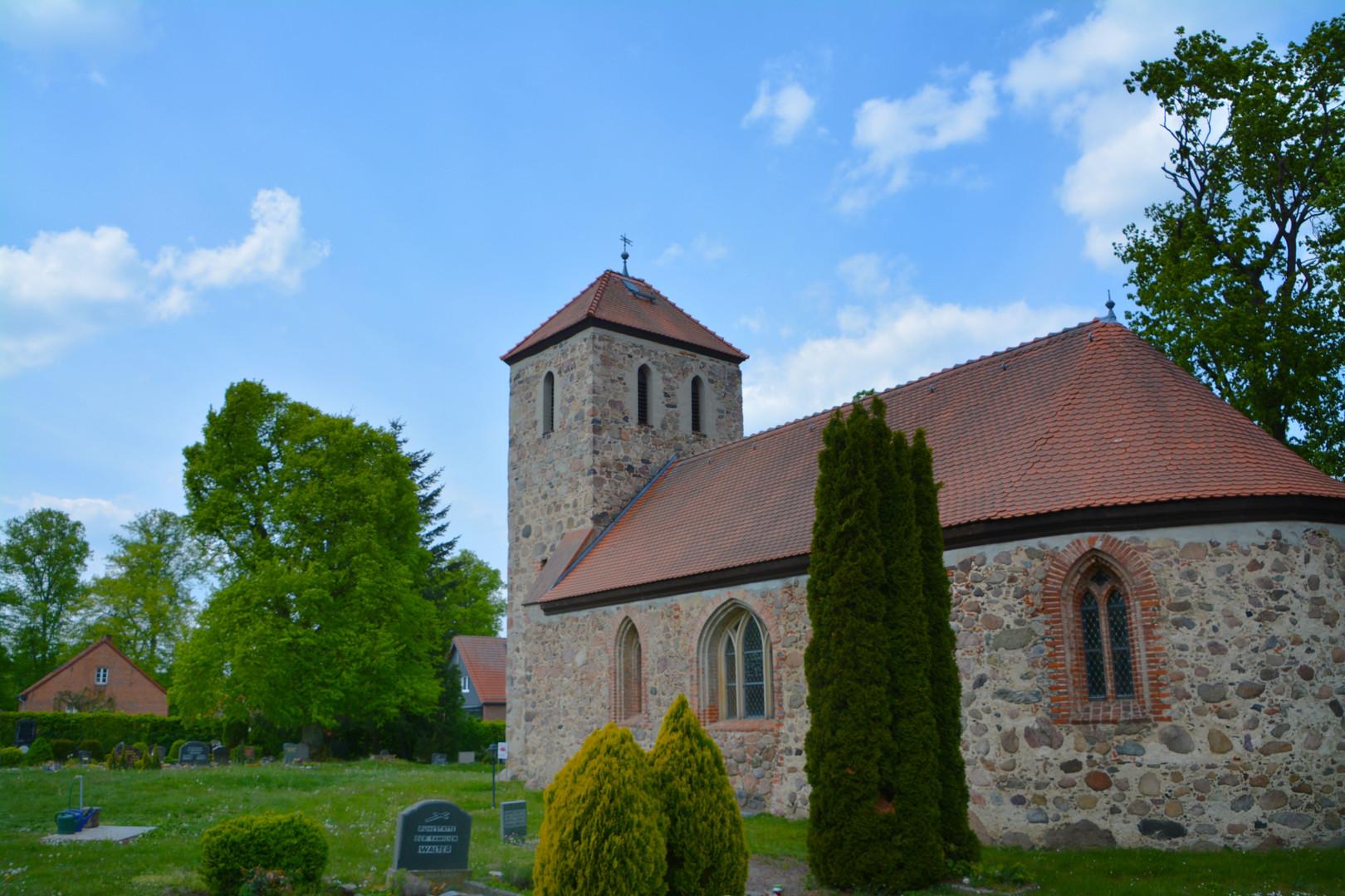Dorfkirche Wilkendorf