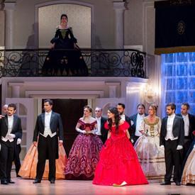 """La Traviata"" G.Verdi - Flora"