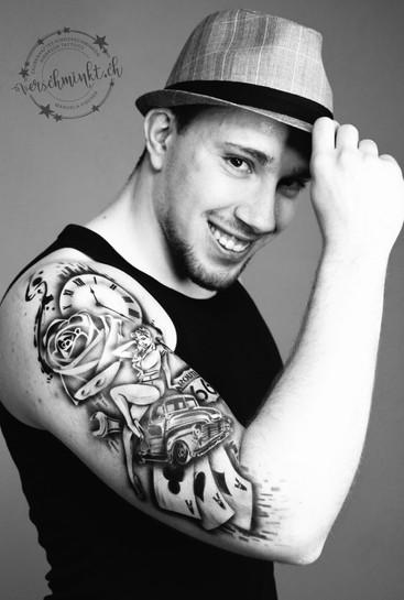 Airbrush Tattoo Retro Style