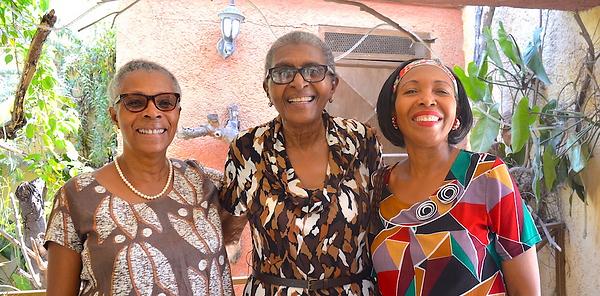 Marie-Jo, Madame Paul, Mirelies at EFE g