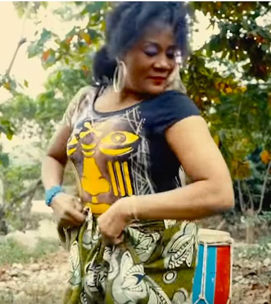Boukman Kanaval 2021 video Manze dancing