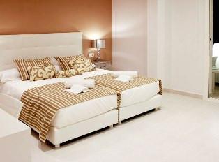 alquiler-villa-sonbou-habitacion4.jpg