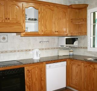 116-TS-kitchen.jpg