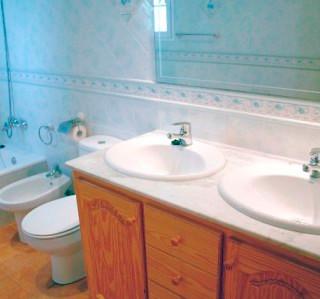 116-TS-bathroom2.jpg