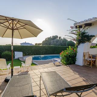 terrace bed pool.jpg