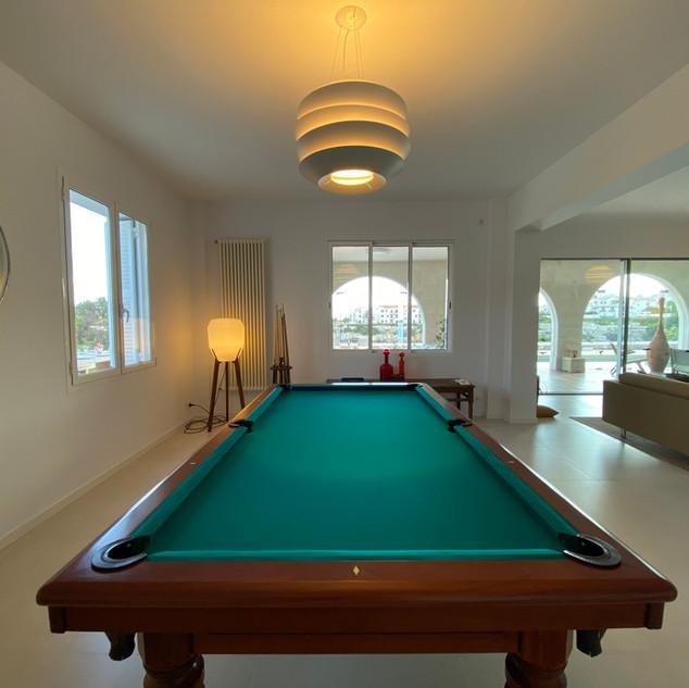 pool table 3.jpg