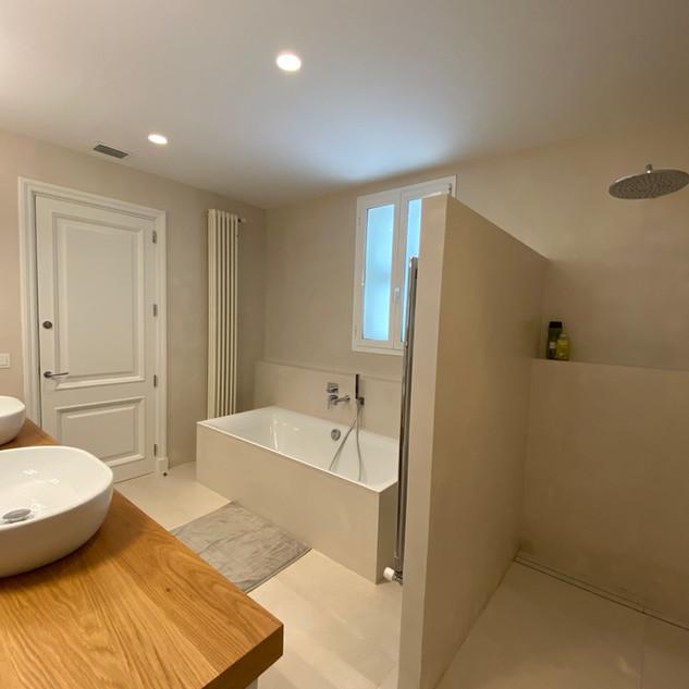 bath 2.a.jpg