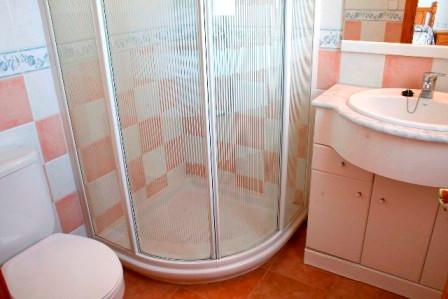 116-TS-bathroom.jpg