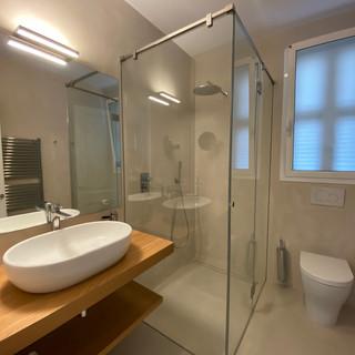 staff bathroom.jpg