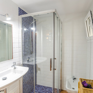 o shower 1.jpg