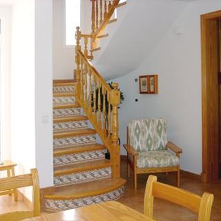 116-TS-stairs.jpg