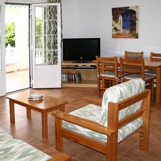 116-TS-lounge.jpg