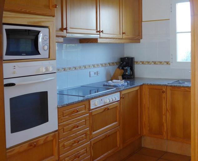 bbn314 kitchen.jpg