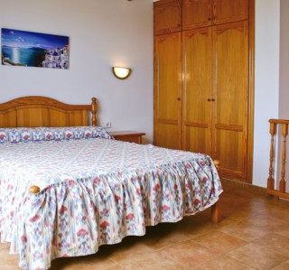 116-TS-bedroom2.jpg