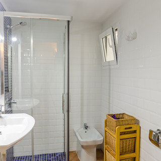 o shower.jpg