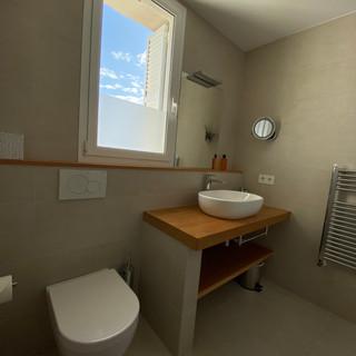 bath 1.a.jpg