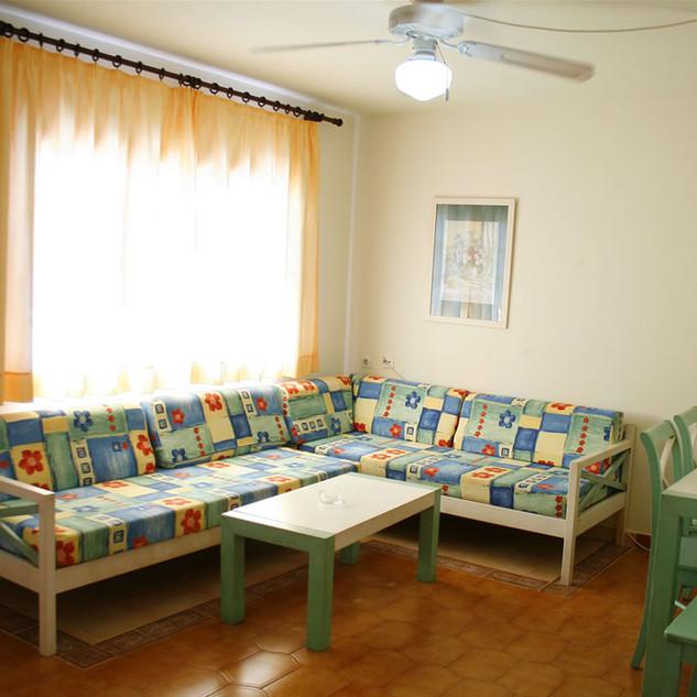 13131421sonbougardens-07-menorca-rentals