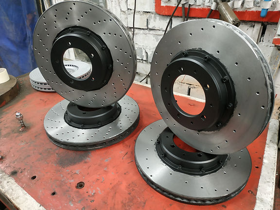 Изготовление тормозных дисков AUDI RS, MERCEDES, BMW, на заказ