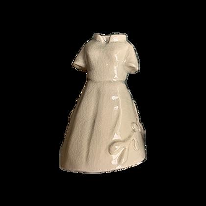 Petite robe ouvragée