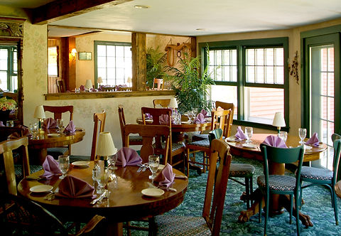 Full Service Dining at Country Inn