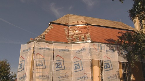 Warmbrunn, Dach während Reparatur