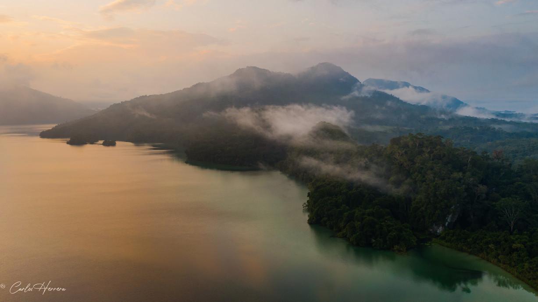 Un amanecer en Laguna Miramar