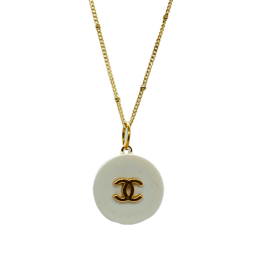 CLASSIC IVORY VINTAGE NECKLACE