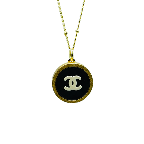 SMALL GOLD, BLACK & WHITE CHANEL BUTTON VINTAGE NECKLACE