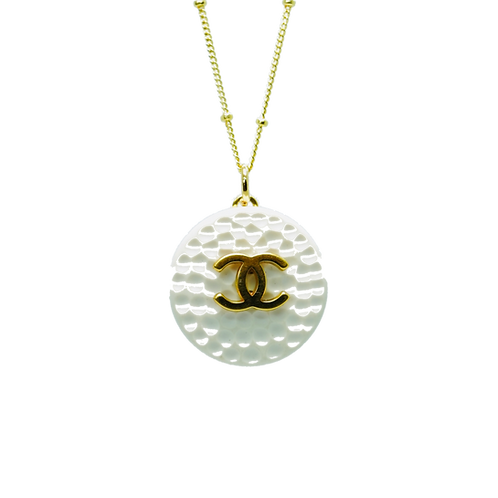 GOLD CLASSIC WITH RIDGES CHANEL BUTTON VINTAGE NECKLACE