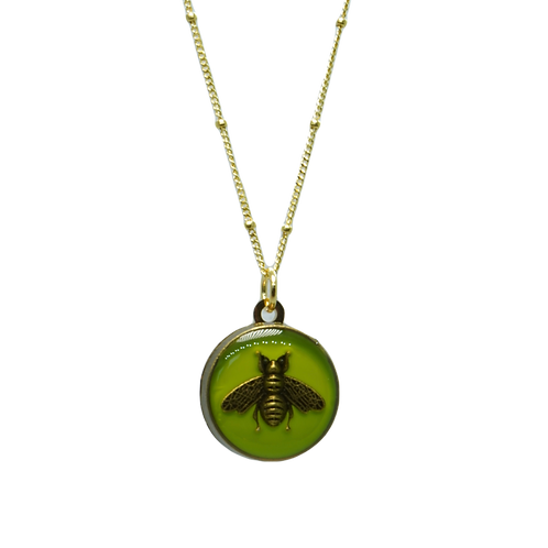 GREEN BEE VINTAGE BUTTON NECKLACE