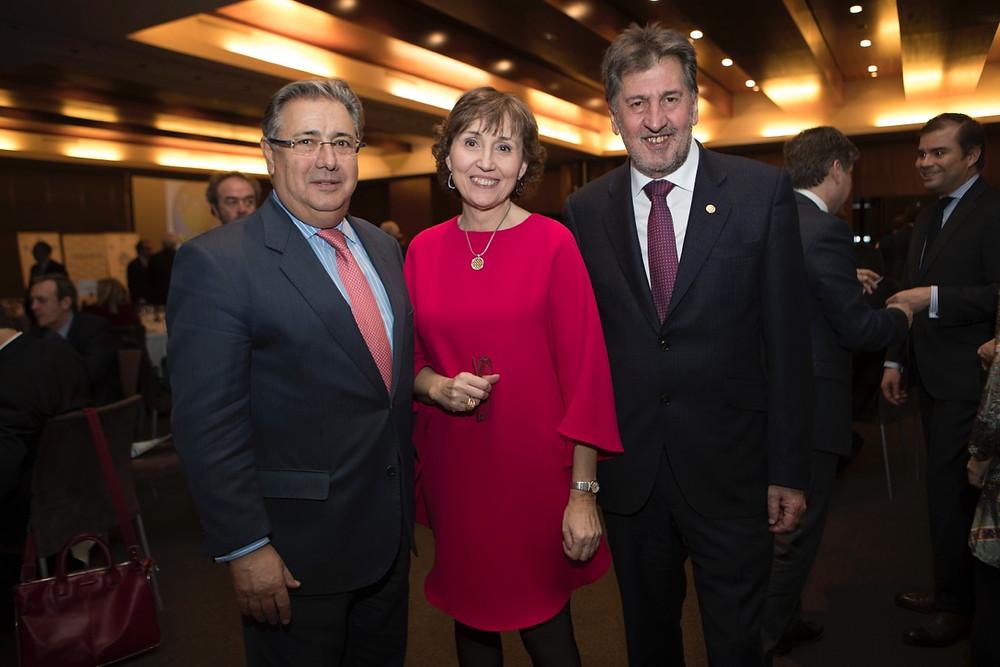 Juan Ignacio Zoido, Sra. López Seijas, Amancio López Seijas