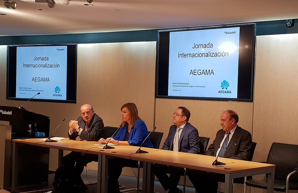 Bienvenida y presentación: Francisco Vallejo, Mabel Santaella, Guillém Pérez, Julio Lage