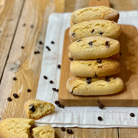 Biscotti da Inzuppo con Gocce di Cioccolato