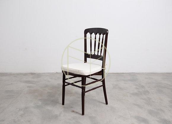 Cadeira Dior em madeira cor Imbuia