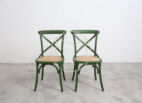 Cadeira Paris em Madeira cor Verde Rústico e assento em rattan natural
