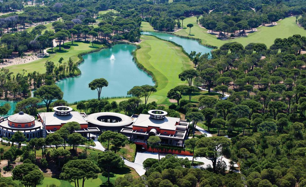 Golf Club 3.jpg