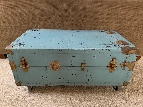 """Sale Vintage Traveling Trunk On Casters 40"""" Wide X 22"""" Dee"""