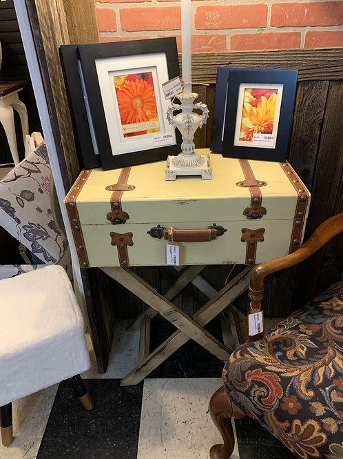 Sale Suitcase Nightstand / Endtable