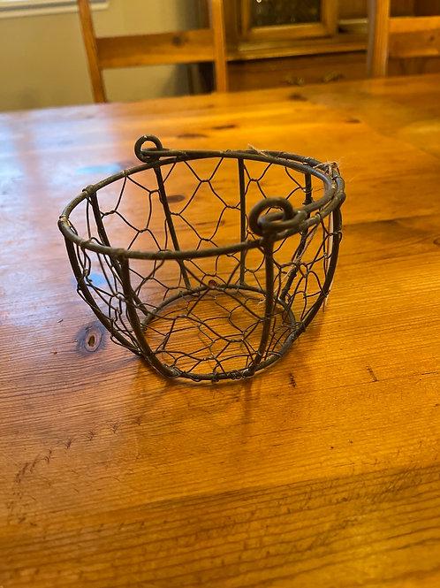 Rounder Metal Wire Basket