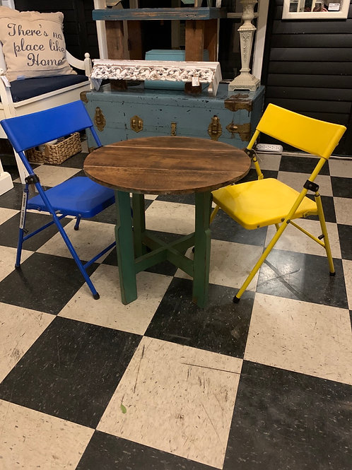 SALE Adorable Little Table Chairs Separate