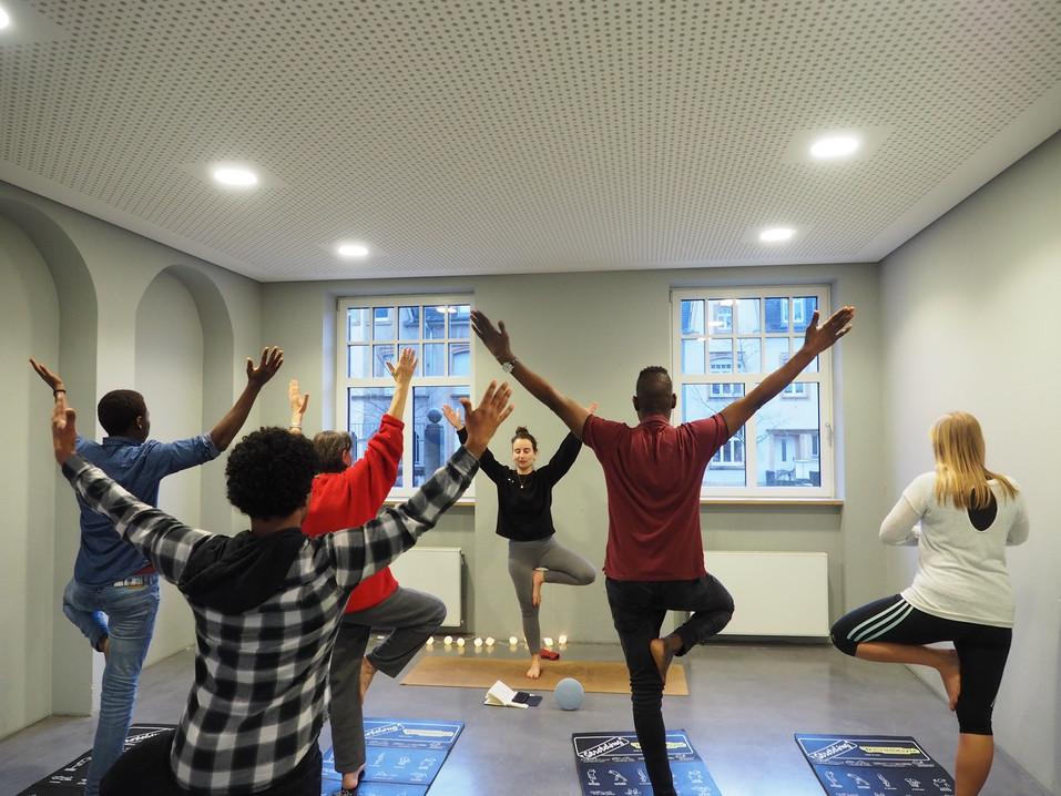 01 - Yoga KultiMulti.jpg