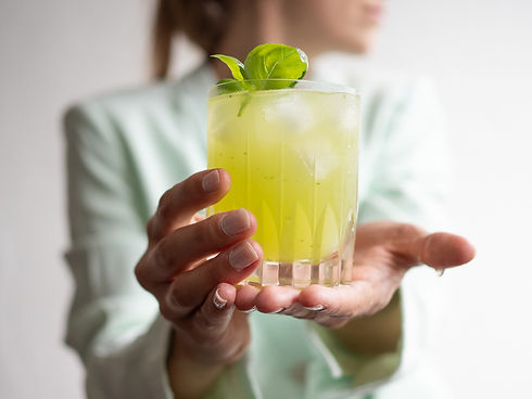 gin-basil-smash-easy-cocktail-recipes-1.