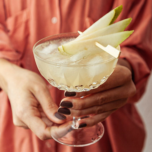 gin-pear-easy-cocktail-recipes-2.jpg