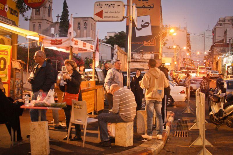 רני אמיר, שף בא לשוק, סיור בחיפה, סיורים בחיפה, סיורים קולינרים, סיורים קולינרים בחיפה, סיורים ב.jpg