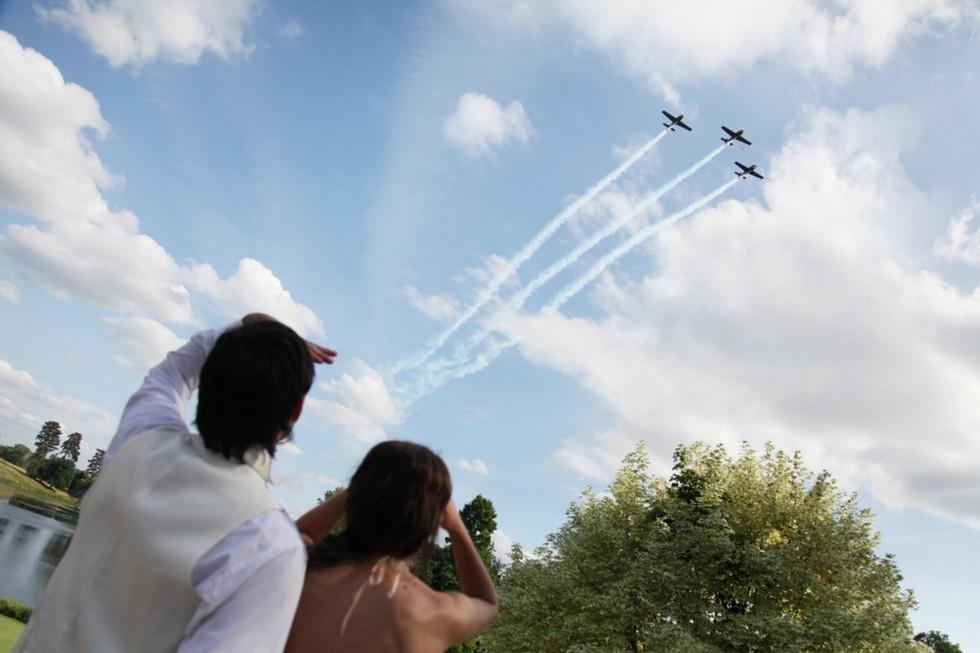 Surrey reportage wedding photographer