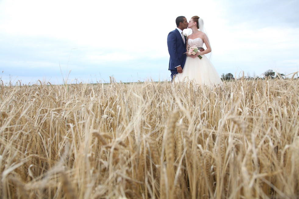 Surrey reportage wedding photography