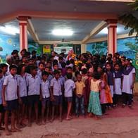 De kinderen in 'ons' kinderhuis in Vedhapatty