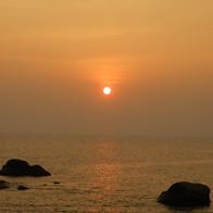 Prachtige zonsondergang in Kanyakumari